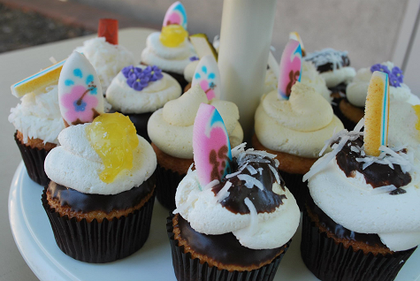 Surfer Cupcakes